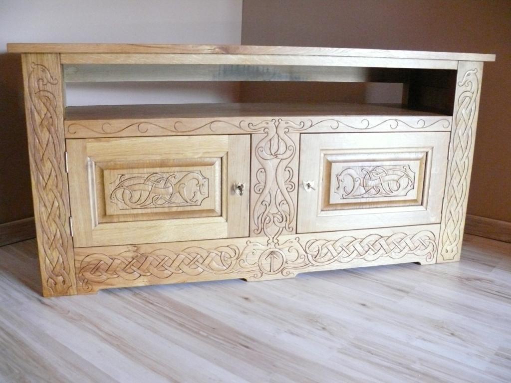 sculpture sur meuble st phane desdouets. Black Bedroom Furniture Sets. Home Design Ideas